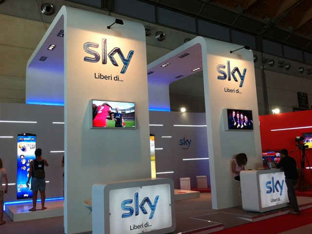 sky-meeting-stand-allestimenti