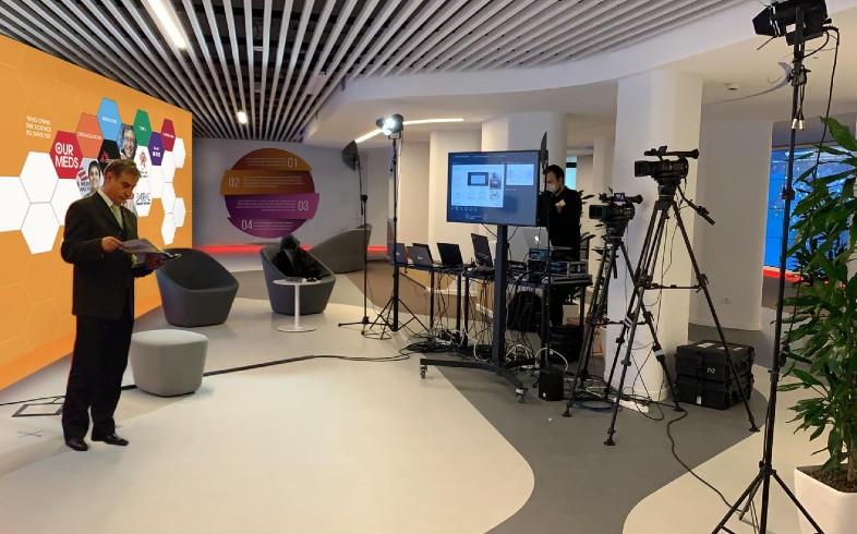 virtual meeting room blog covid corona virus meeting video conference